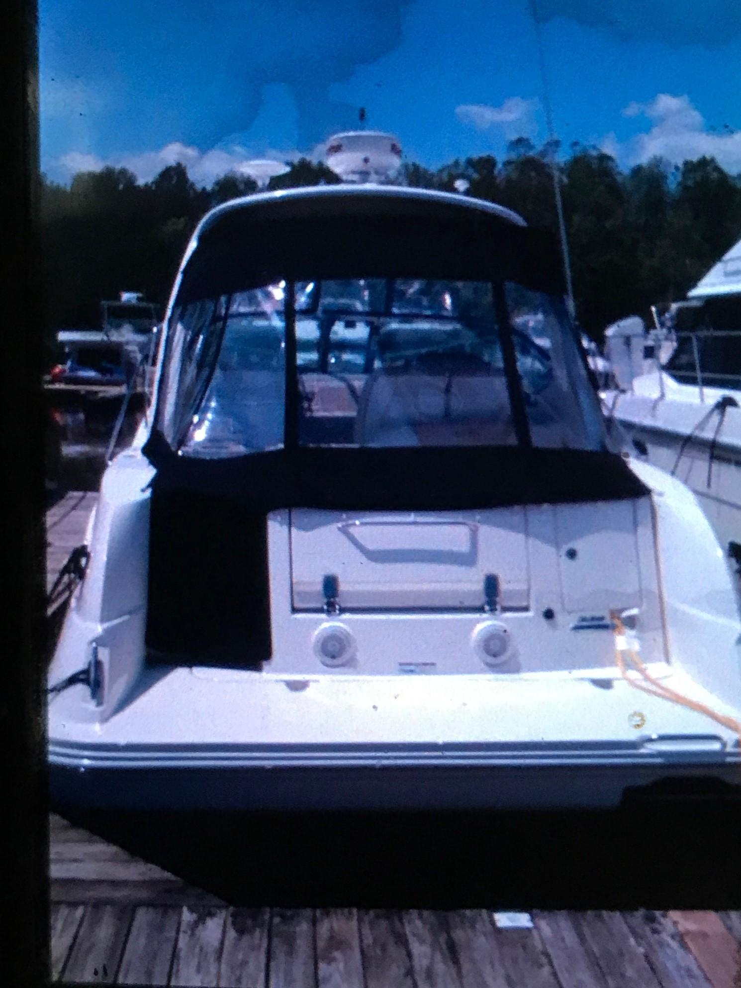 2009 Sea Ray 330 Sundancer – full